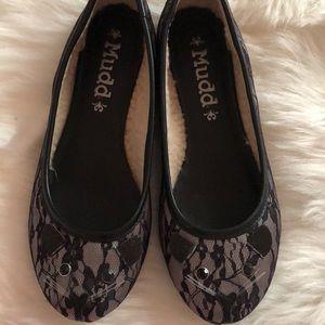 Black Lace Cat Flats
